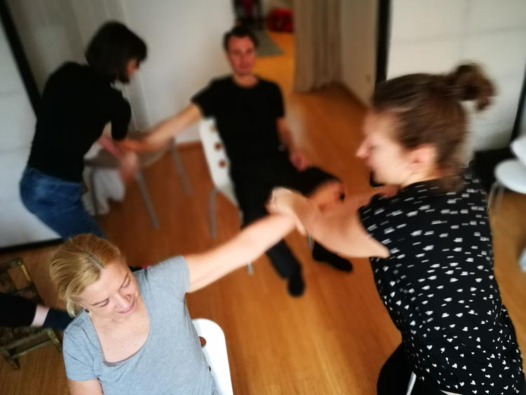 tuina-workshop-massage-gruppe